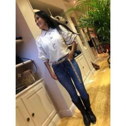 Mona blouse Antik Batik