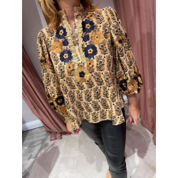 Pauline blouse Antik Batik